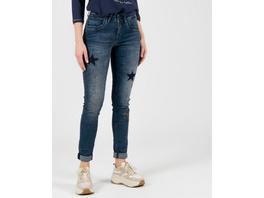 Jeans mit Sternapplikationen